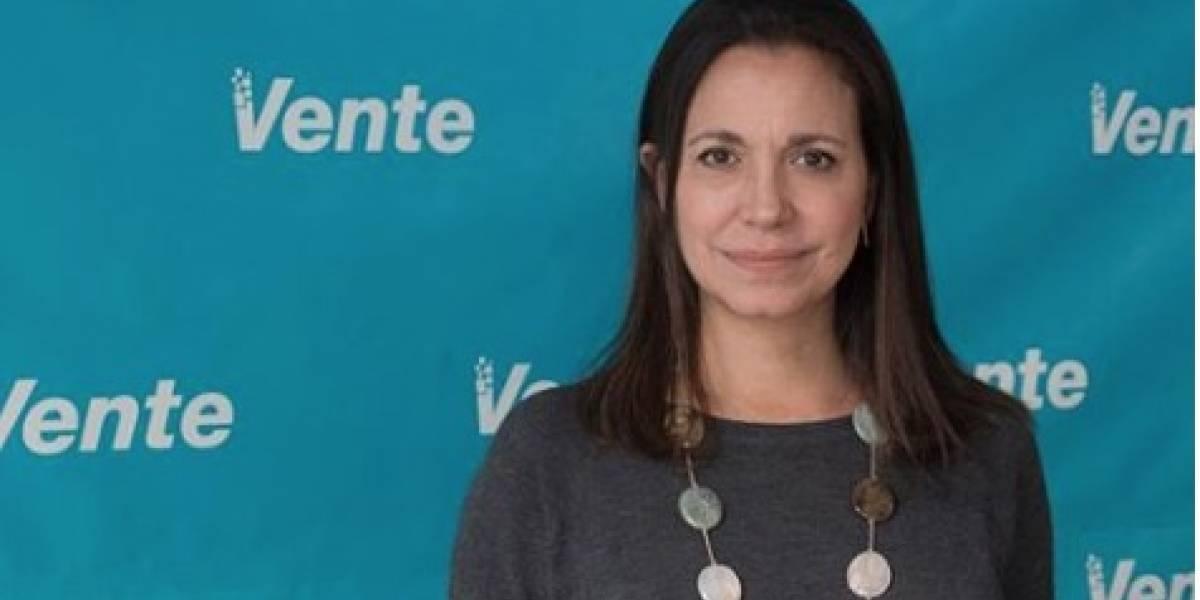 Venezuela: Golpean a opositora María Corina Machado durante acto político en Upata