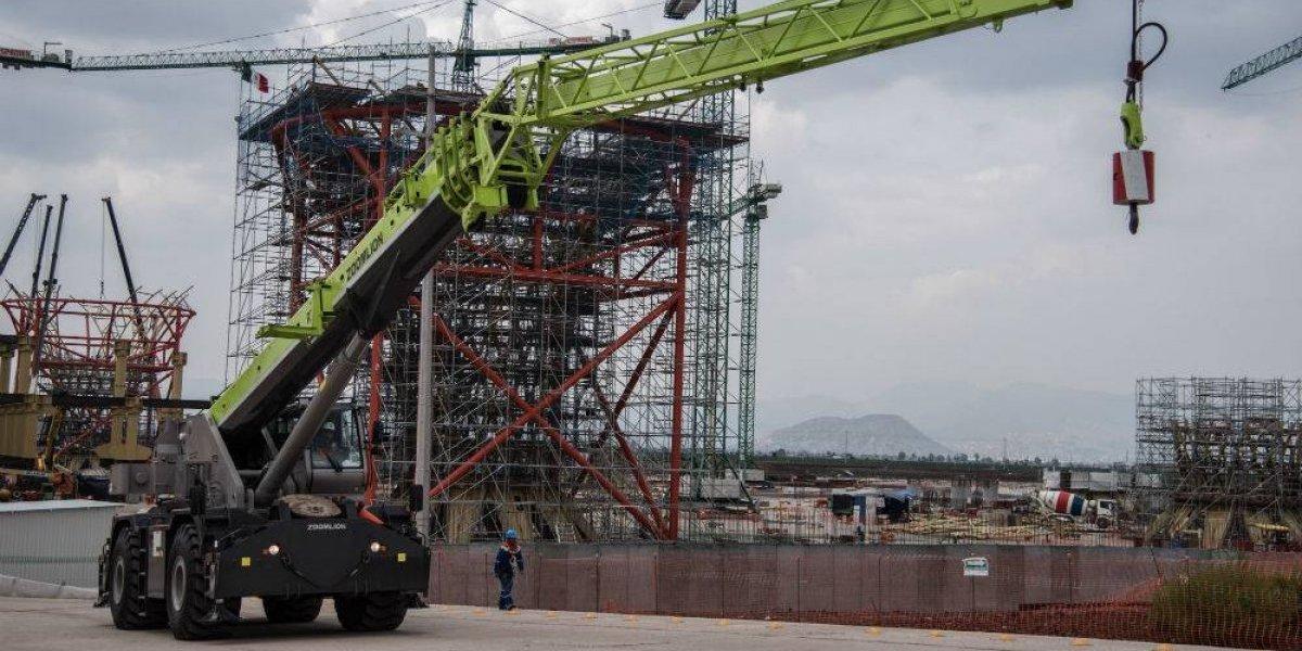 PAN y PRD piden transparentar indemnizaciones a constructoras del aeropuerto