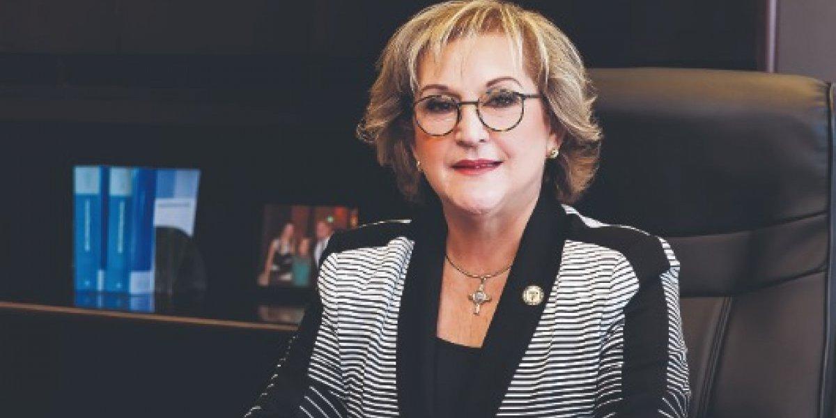 """Rosselló explica las """"diferencias"""" con la exsecretaria de Hacienda"""