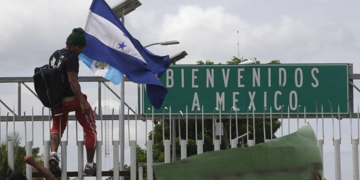 Colisión inminente: el Pentágono mandará al menos 800 soldados a la frontera entre EEUU y México