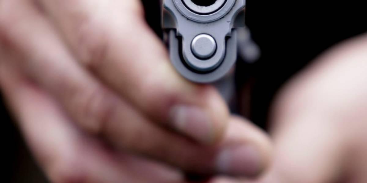 Dueño de almacén dispara a asaltantes tras sufrir robo y mata a uno de los ladrones en Padre Hurtado