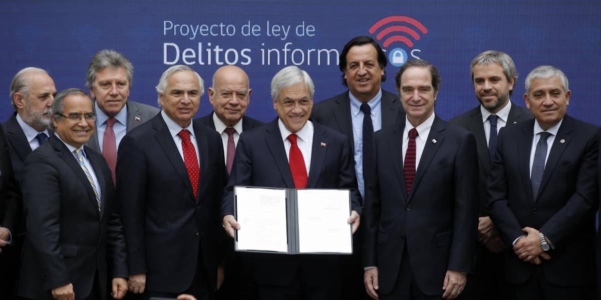 Firman oficialmente el Proyecto de Ley de Delitos Informáticos en Chile