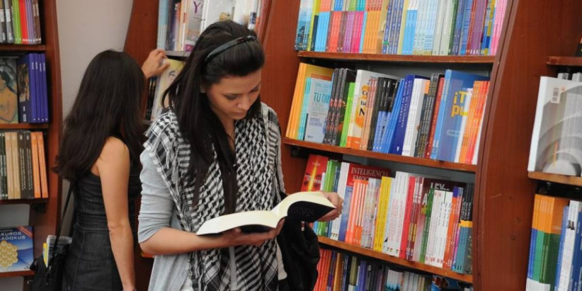 """Primer Festival de Autores y 38º Feria Internacional de Santiago abren los fuegos de la """"guerra"""" de los libros"""
