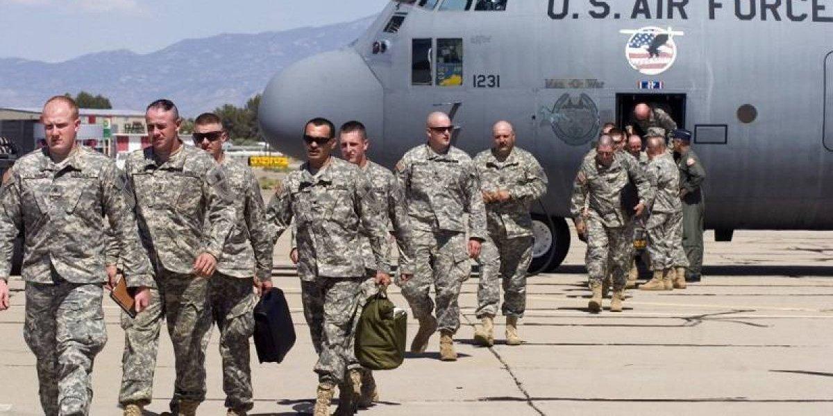Trump mandó al menos 800 soldados a frontera con México