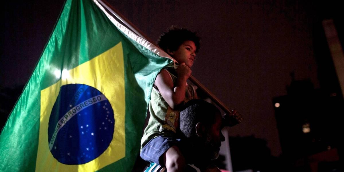 Violencia política en Brasil se traduce en furia en las calles