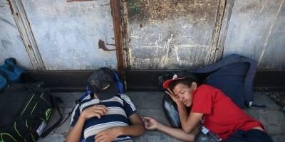 hondurenoscasamigrante7-5af7e8f72ae9d3466042e7c8e1fc4fd6.jpg