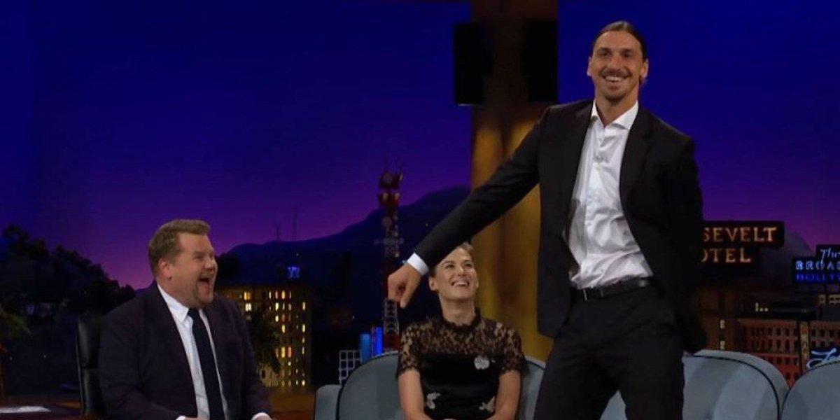 VIDEO: Zlatan Ibrahimovic mostró su lado más divertido en un programa nocturno
