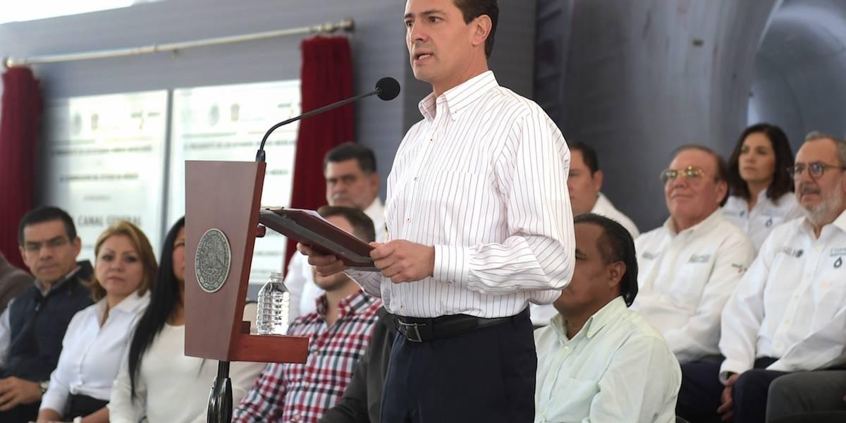Pide Peña Nieto no alarmarse por megacorte de agua