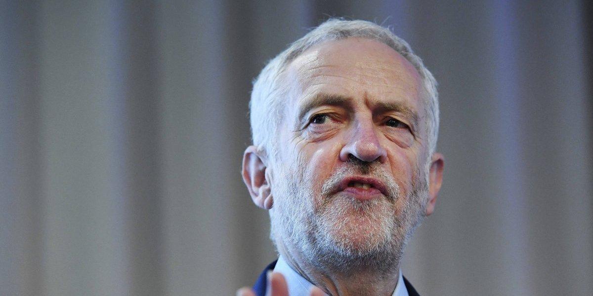 Jeremy Corbyn confirma asistencia a toma de protesta de AMLO