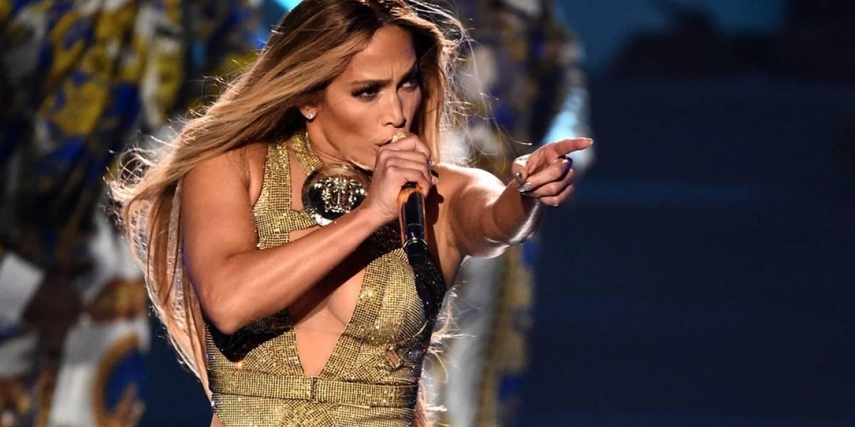 2 looks de Jennifer López que dejan sin aliento a sus fans
