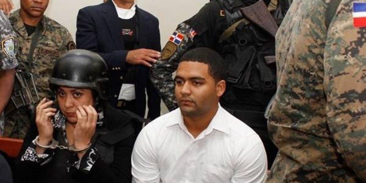 Aplazan juicio acusados muerte Emely; Fiscalía pide 30 y 20 años