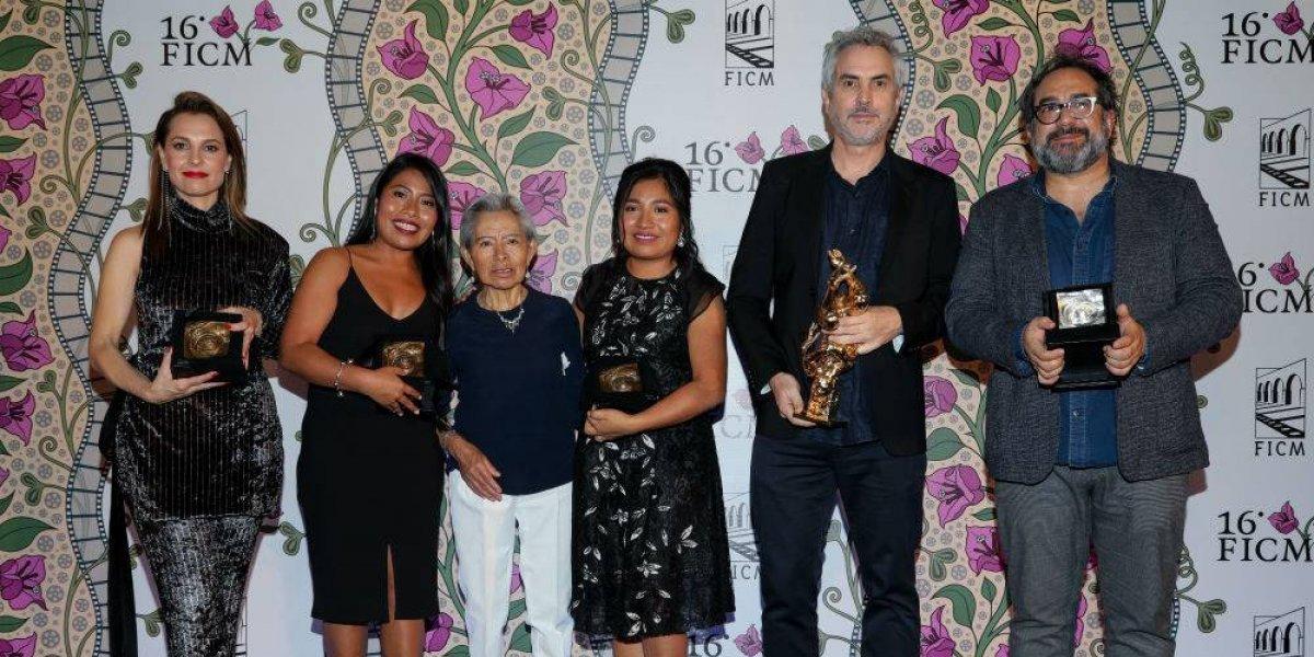 Alfonso Cuarón recibe presea a la Excelencia Artística en el FICM