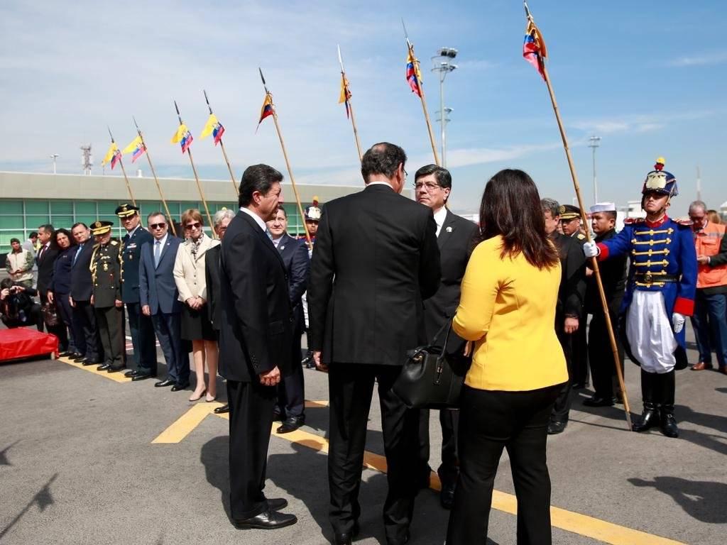 Vizcarra llegó de visita de Estado a Ecuador
