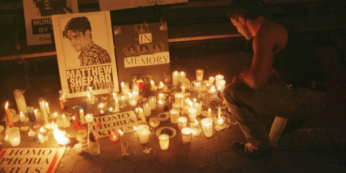 Como a morte de Matthew Shepard, um jovem gay que foi torturado e amarrado a uma cerca, mudou os EUA