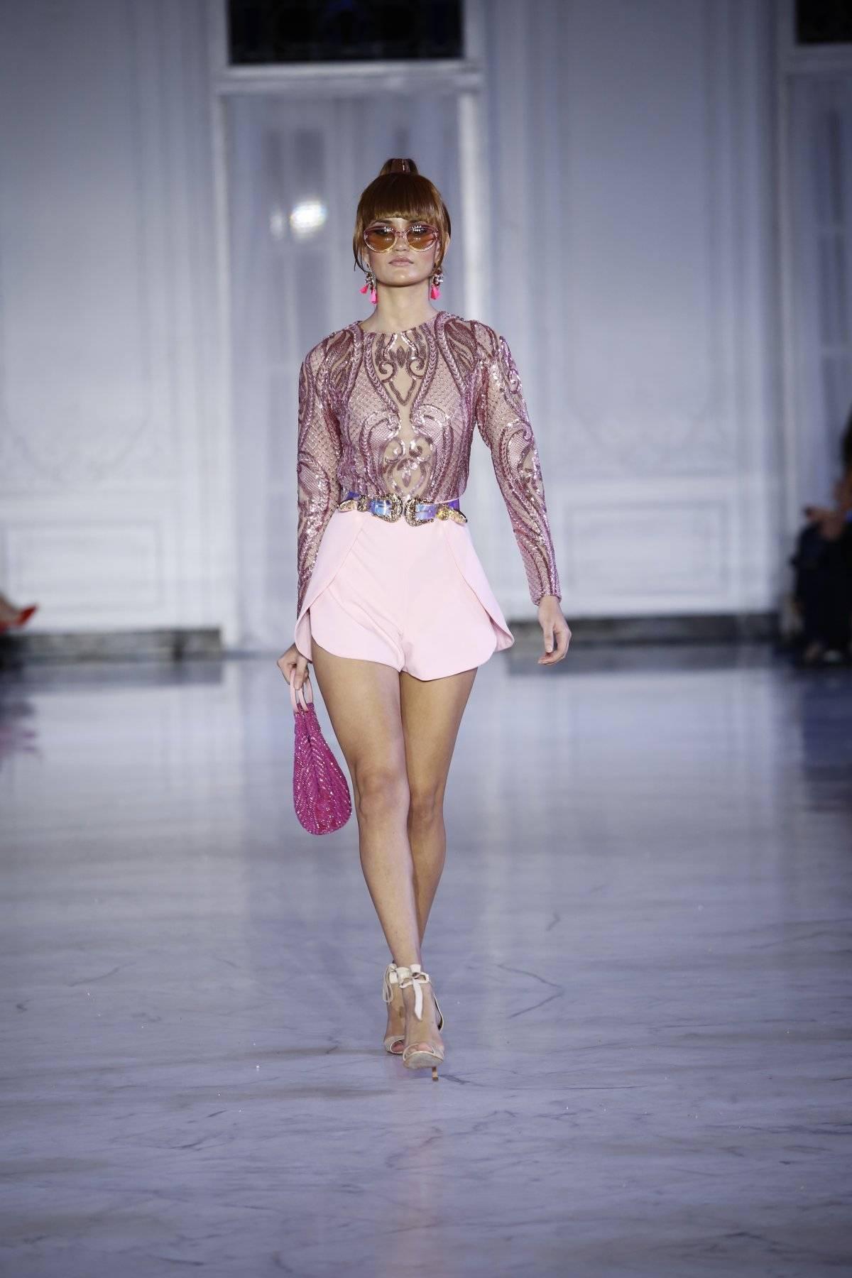 Rumper en tul rosa bordado en lentejuelas / Foto: SJ Moda-Jessica Cristina