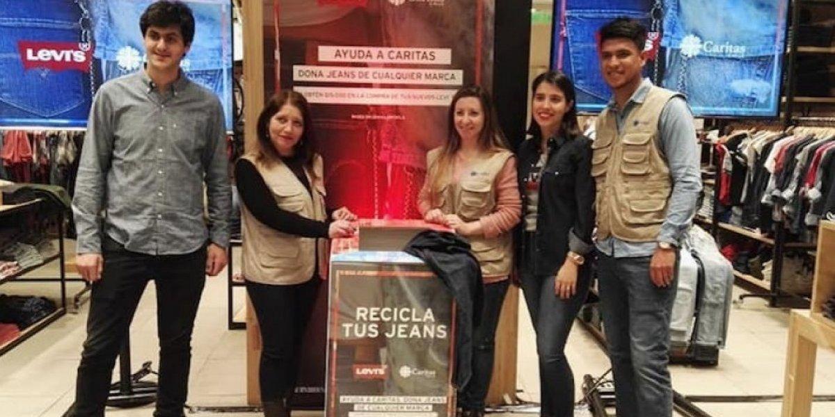 """Cáritas Chile impulsa plan de solidaridad con migrantes en el marco de la campaña """"Recicla tu jean"""""""