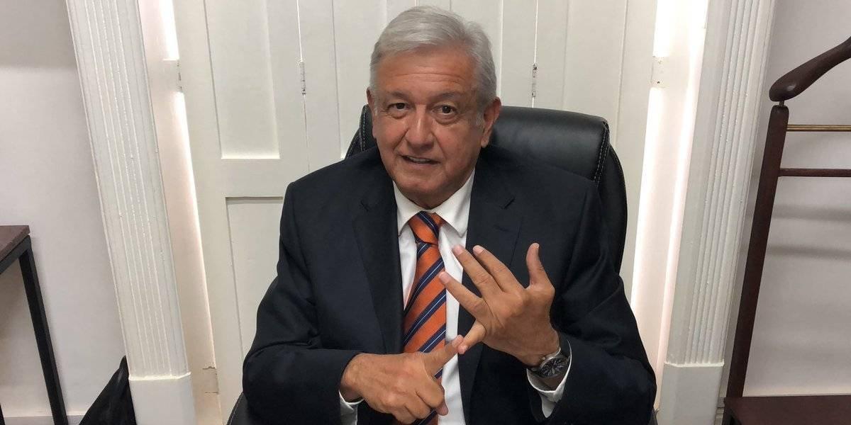 """""""No me voy a quedar callado, la consulta es un éxito"""": López Obrador"""