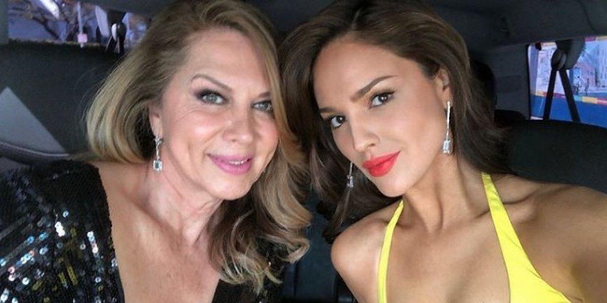 Madre de Eiza González se roba las miradas al posar en bikini a sus 66 años