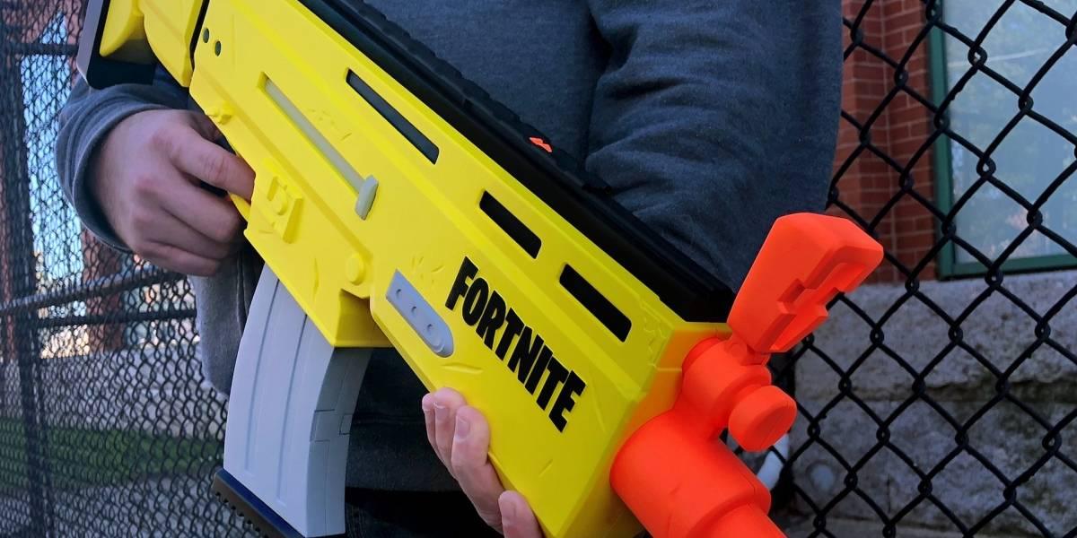 Nerf presenta su primera réplica de arma de Fortnite
