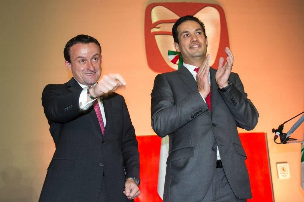 Tuffic Miguel Ortega, director general del IMSS y Mikel Arriola Foto: Cuartoscuro
