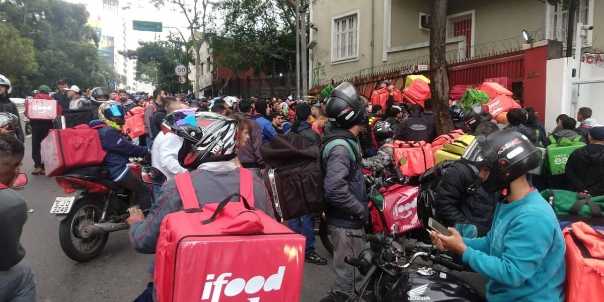 5,5 milhões de brasileiros usam apps de transporte para trabalhar