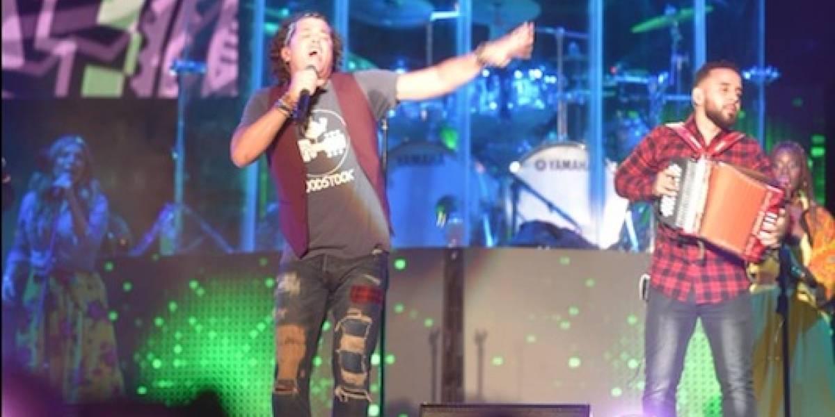 VIDEO. Así vibraron los guatemaltecos en el concierto de Carlos Vives