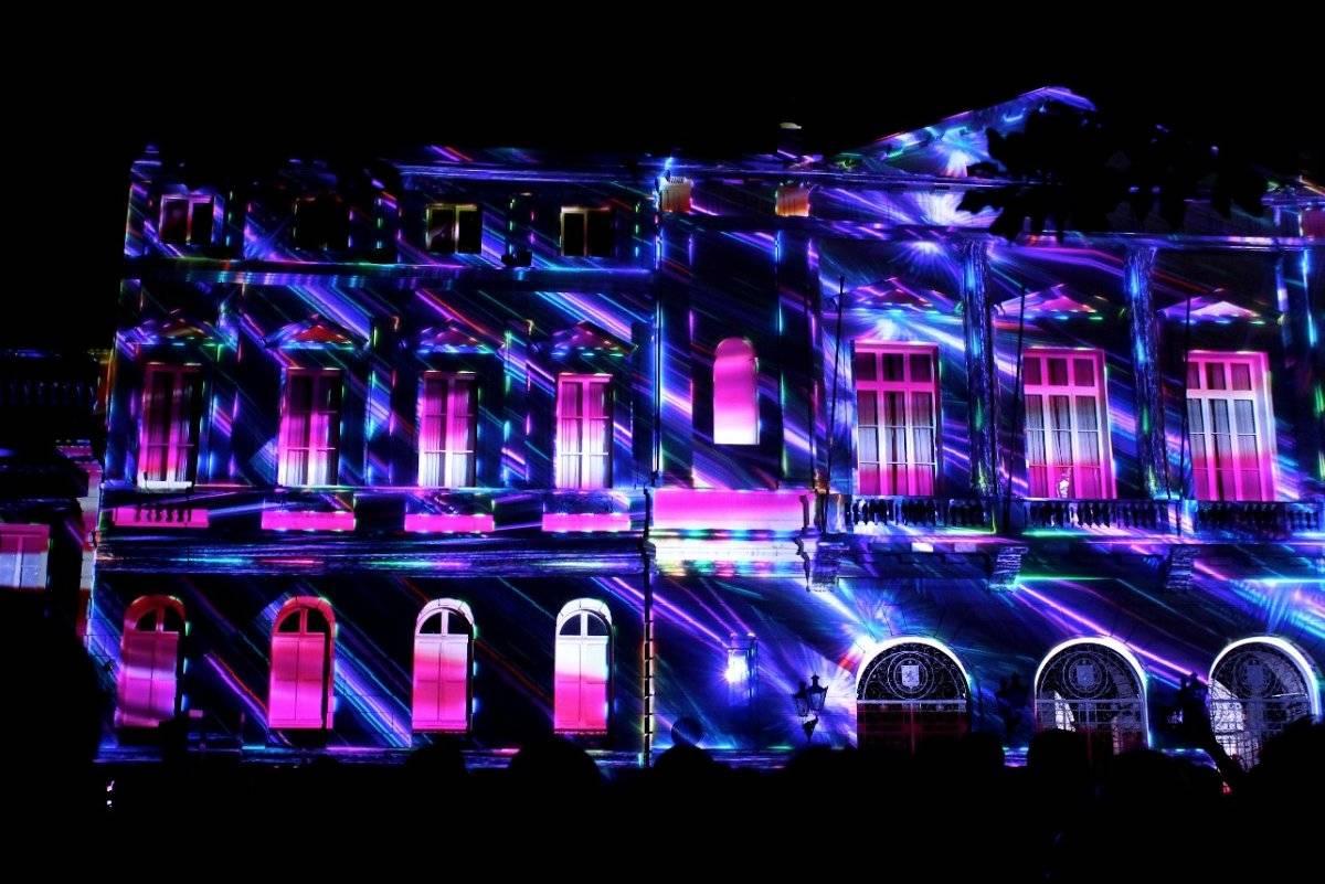 El show de luces dura cerca de 10 minutos y se repite cada tras un lapso de descanso. Foto: Jaime Liencura / Publimetro