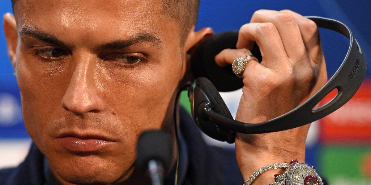 Mayweather se burla del reloj de Cristiano Ronaldo de dos millones de euros