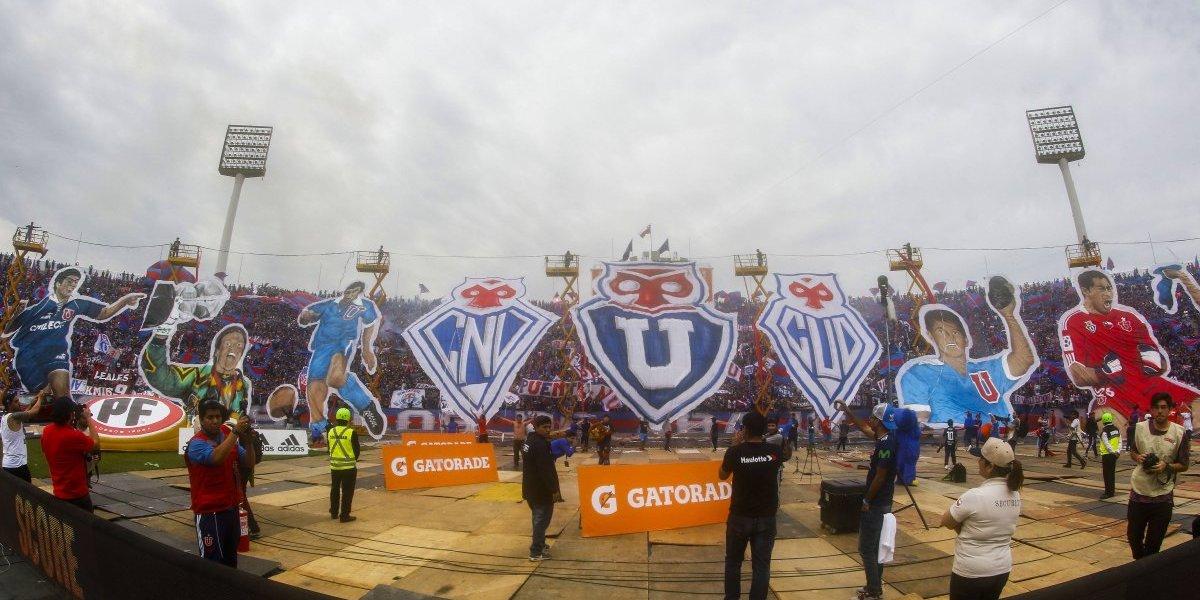 La extraña expulsión de Kudelka y el homenaje a los ídolos se tomó la trastienda de la U en el Clásico Universitario