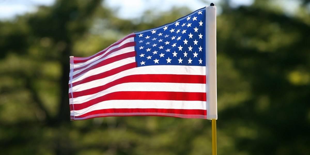Roban en Cabo Rojo bandera de Estados Unidos