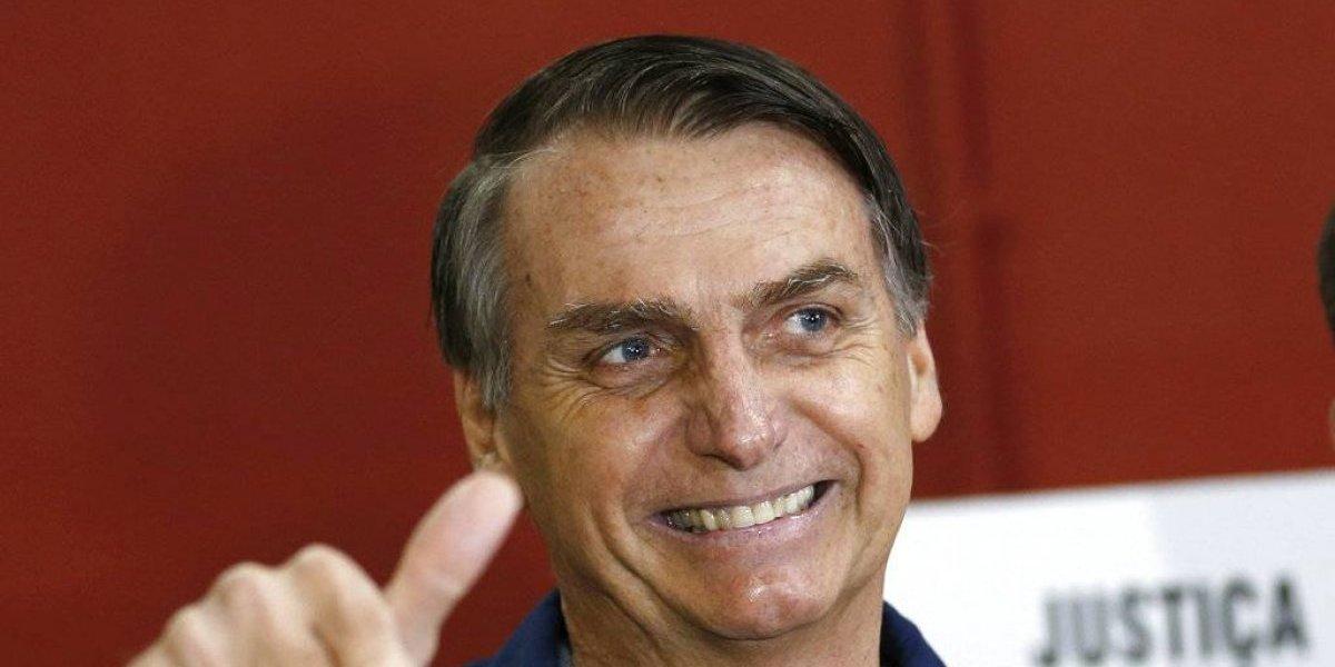 Jair Bolsonaro vota en Río de Janeiro bajo estrictas medidas de seguridad
