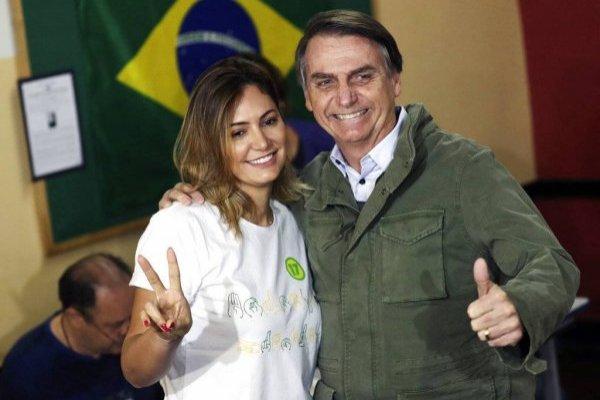 Es oficial: Bolsonaro ganó y Piñera lo invitó a Chile