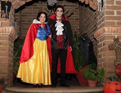 Eiza González prende Instagram con su disfraz de Halloween