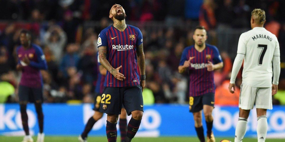 """Piqué resumió el sentir del camarín del Barcelona por el tanto de Vidal: """"Es un gol importante para la confianza de Arturo"""""""