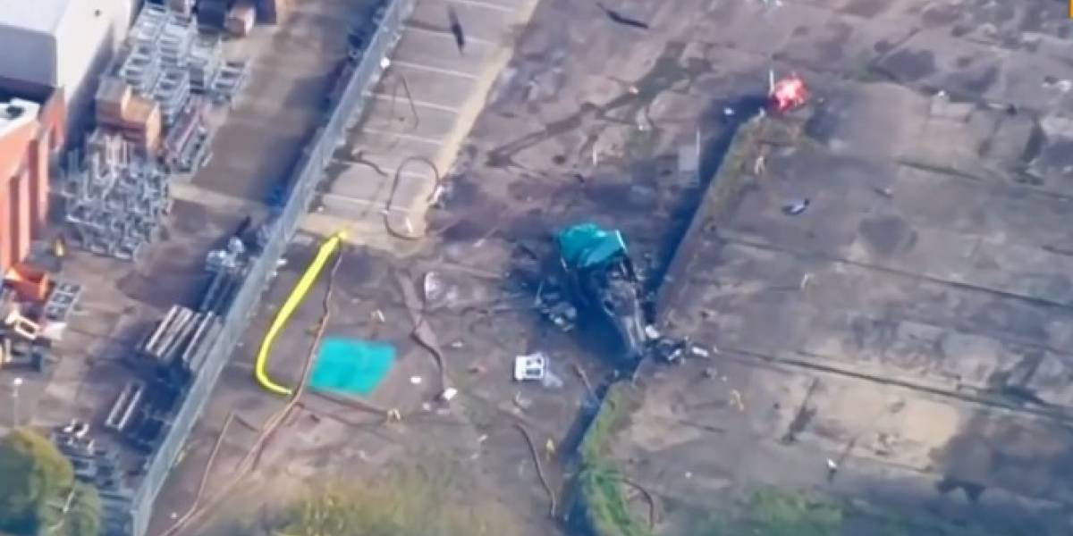 Graban video de cómo lucen los restos del helicóptero en Leicester