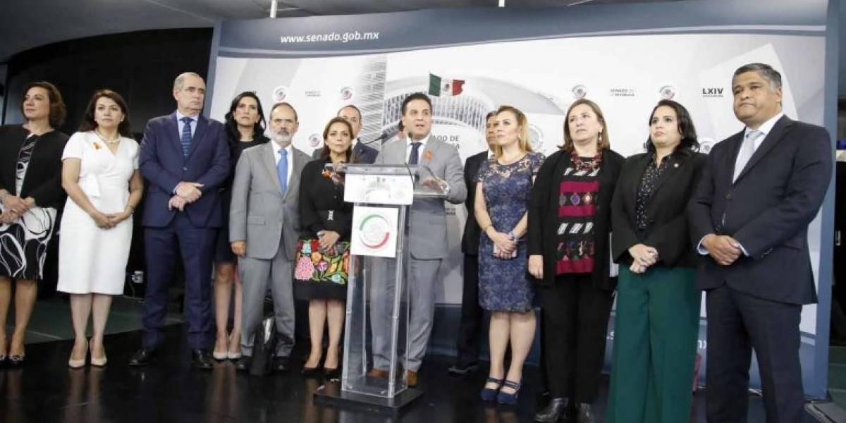 Panistas pedirán a AMLO retirar invitación a Maduro para su toma de protesta