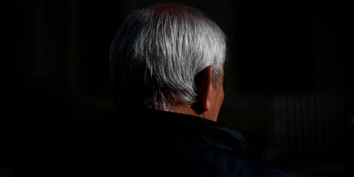 ¿Que hombres jubilen a los 70 y mujeres a los 65? El polémico incentivo de Piñera en la Reforma de Pensiones