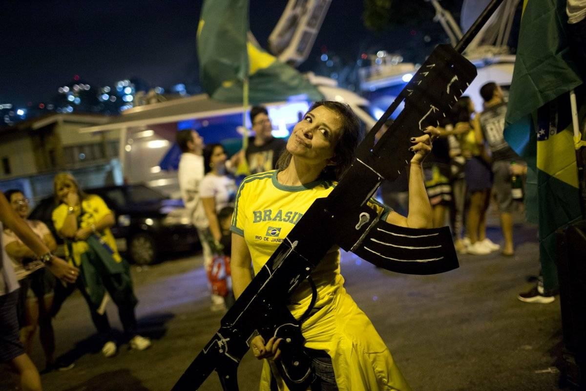 armas Bolsonaro