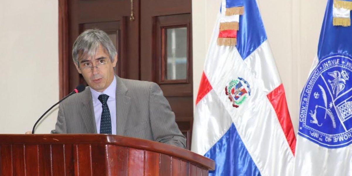 UASD y UNICEF promueven calidad de encuestas sobre la población