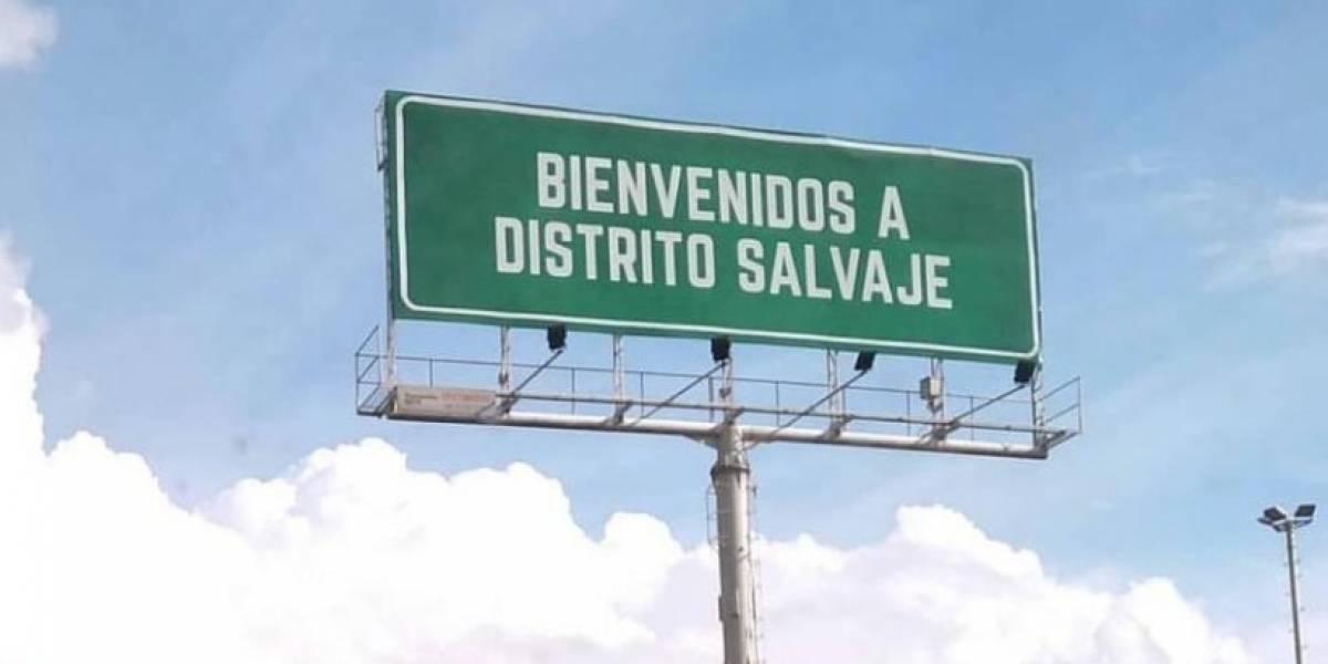 La razón por la que concejal pide retirar valla de serie Netflix en Bogotá