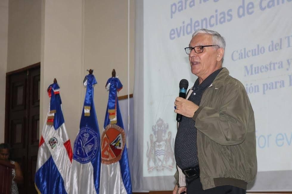 Armando Levinson, conferencista y experto internacional