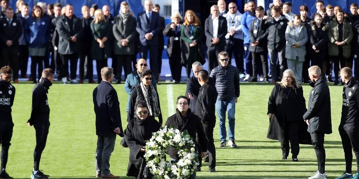 La emotiva despedida que realizaron los jugadores de Leicester City al fallecido dueño del club
