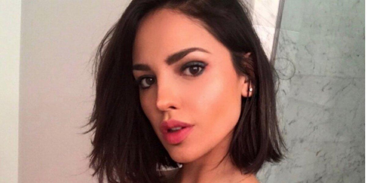 Eiza González se disfraza de Gatúbela y prende las redes
