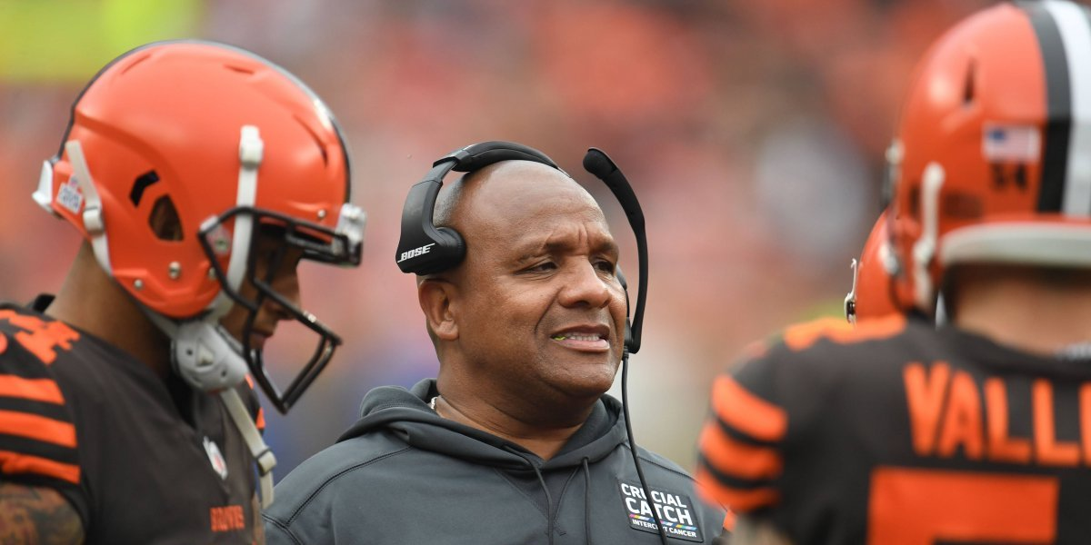 Cleveland Browns destituyen a su head coach, Hue Jackson
