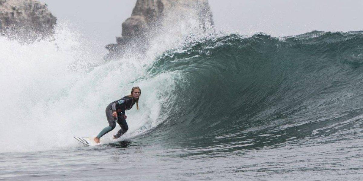 Novedoso smartwatch para surfers mide la velocidad de las olas