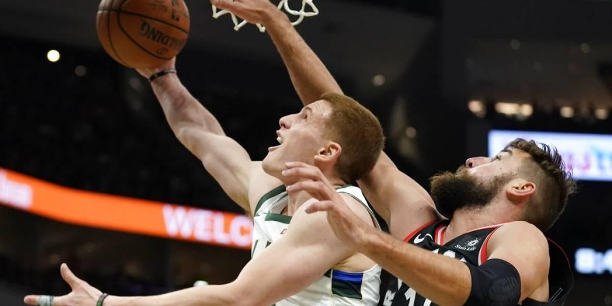 Bucks se mantienen invictos a pesar de no contar con su estrella en importante partido
