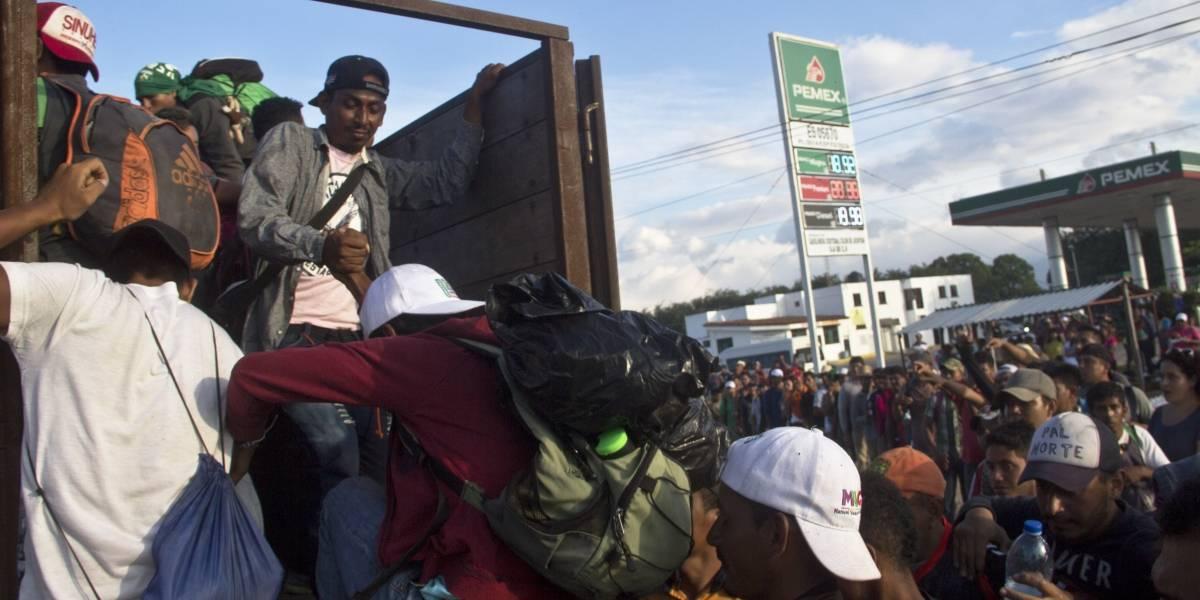 Primera caravana de migrantes se dirige a Juchitán, Oaxaca