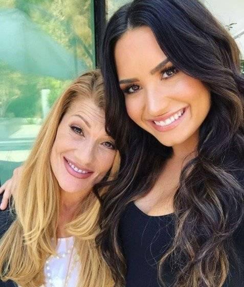 Demi Lovato y Dianna De La Garza