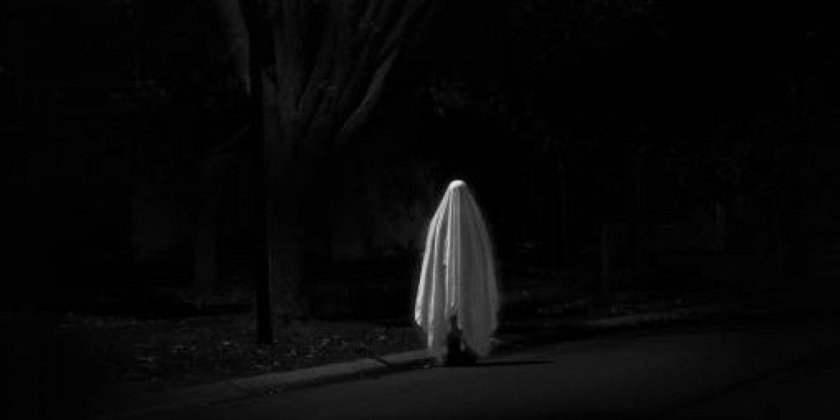 Después de nueve meses de pololeo: mujer asegura que su novio fantasma le propuso matrimonio y entrega fantasmales detalles de la relación