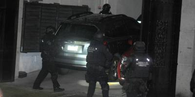 Se enfrentan policías contra presuntos narcos en colonia Narvarte